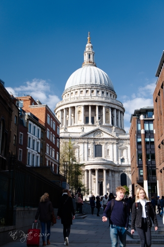 St Paul's Cathedral, seen looking up Peter's Hill from Queen Victoria Street.